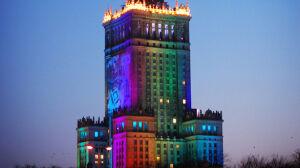 Tęczowy Pałac Kultury dla Parady Równości