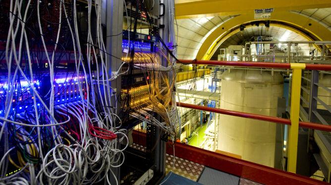 Triumf Einsteina? Naukowcy: neutrina nie mogą być szybsze od światła