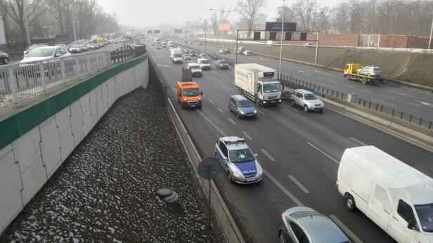 Utrudnienia na Trasie AK Lech Marcinczak, tvnwarszawa.pl