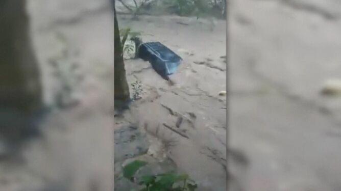 """""""Deszcz zniszczył mój dom"""". <br />Ulewy w Meksyku"""