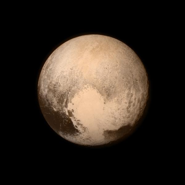 Najnowsze zdjęcie powierzchni Plutona wykonane 13 lipca z odległości 768 tys. km