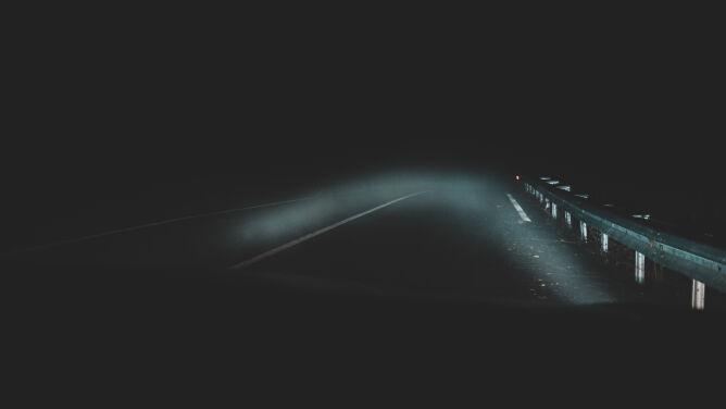 Prognoza drogowa na noc: <br />uważajcie na mgły i zamglenia