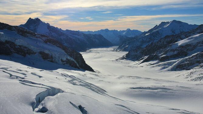 Seria lawin w szwajcarskich Alpach. <br />Nie żyje czterech narciarzy