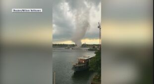 Tornado pojawiło się również w centrum Amsterdamu